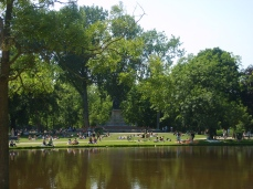 Vondelpark-park-amsterdam-holland-netherlands-lake
