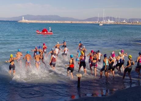 triatlon-Kuşadası-triatlonu-yüzme-yarışı