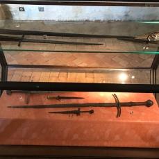 swords-chateau-castelnaud